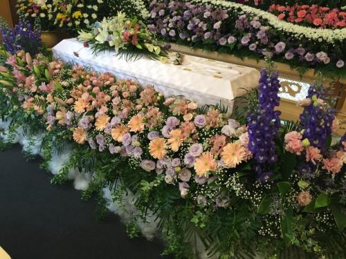 尾山家祭壇①
